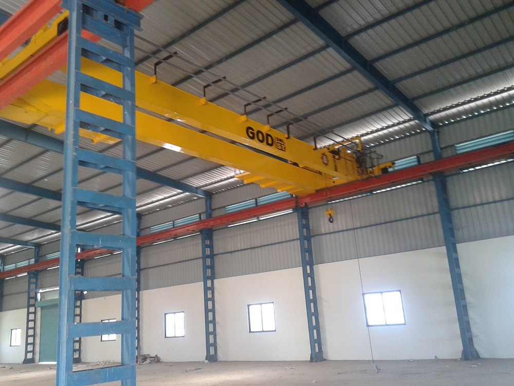 42000 Sq.ft Industrial Shed for rent in Naroda