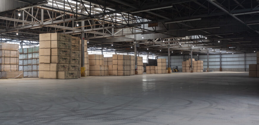 35000 sq.ft Find Warehouse in Kadi
